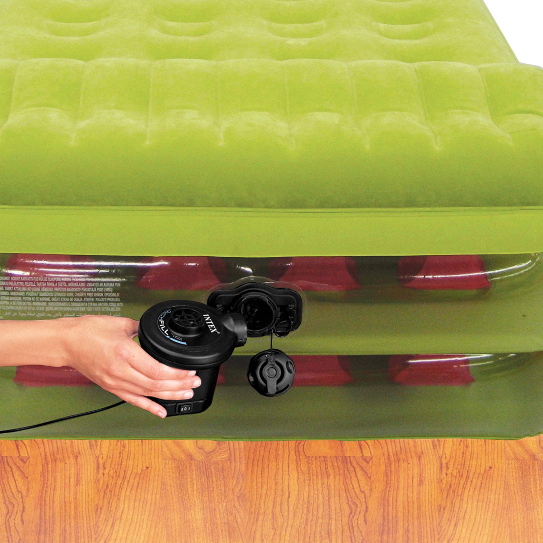 intex luftbett mit pumpe g stebett bett matratze luftmatratze selbstaufblasend 78257677160 ebay. Black Bedroom Furniture Sets. Home Design Ideas